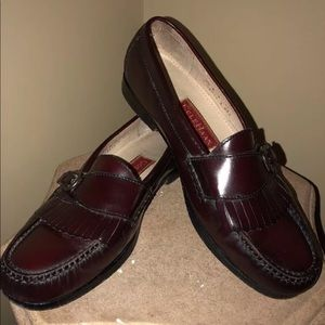 Cole haan size 9.5 brown loafers